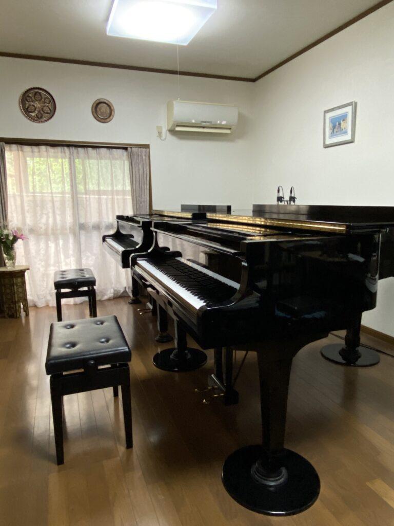piano_studio_2